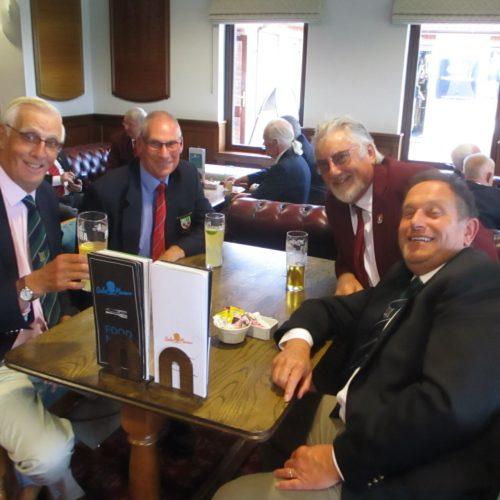 Roy Parmiter & Phil Barrett vs Bill Kent & David Scott
